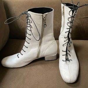 Modern Vice white leather go-go boots. GUC Sz 40